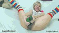Огурцы в пиде - порно гифки