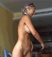 Сладкая блондиночка - порно гифки