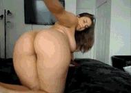 Жопастая курва - порно гифки